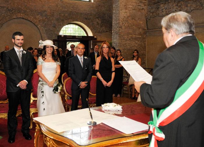 Matrimonio In Comune Costi : Fotografo di matrimoni a roma reportage cerimonia